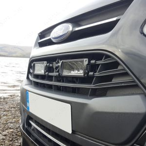 Ford Transit Custom fitted with 2 Triple R-4 light bars